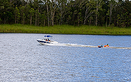 Lake Tinaroo Watersports